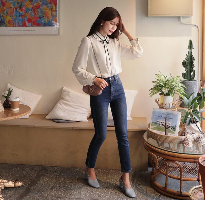 Năng động với phong cách jean.